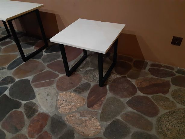 Stolik kawowy z kamienia