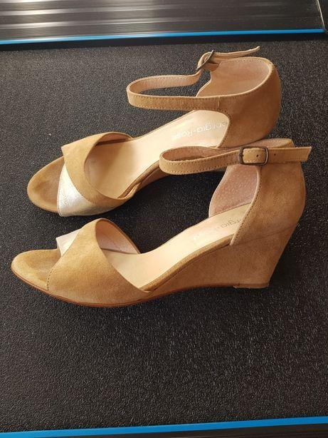 Beżowe sandały, skóra zamszowa ,rozm.38