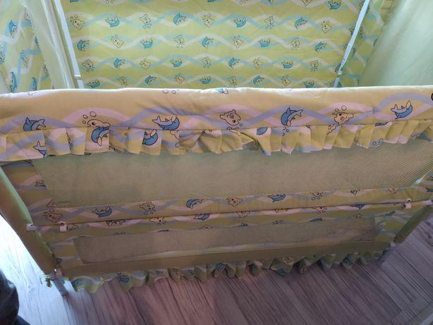 Baby Boom Rybka łóżeczko dziecięce z opuszczanym bokiem