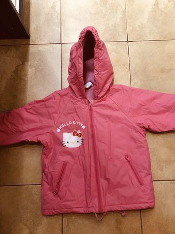 Продам стильную яркую весеннюю курточку для девочки