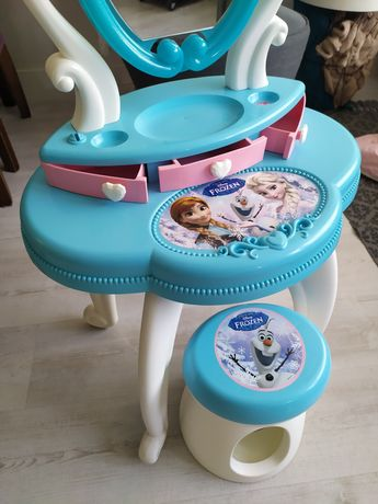 "Toaletka ""Kraina Lodu"""