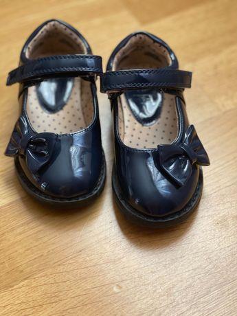 Туфли детские F&F