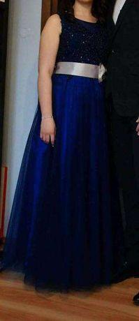 Śliczna suknia studniówkowa-wieczorowa