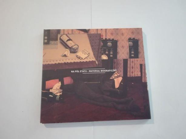 Na Pół Etatu - Materiał biograficzny 2011