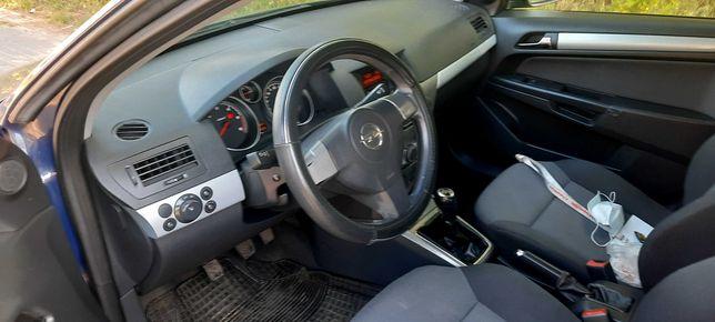 Opel Astra H 1.7cdti 2006r