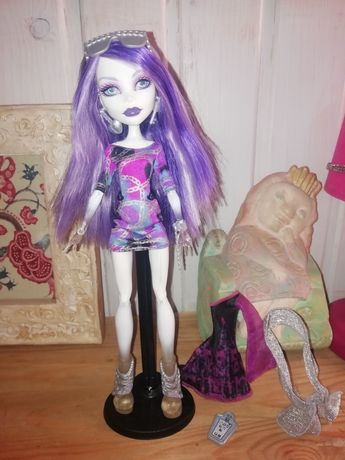Кукла monster high Спектра
