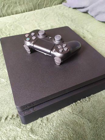 SONY PlayStation 4 Slim 500GB + Pad DualShock 4 V2 oraz 4 gry