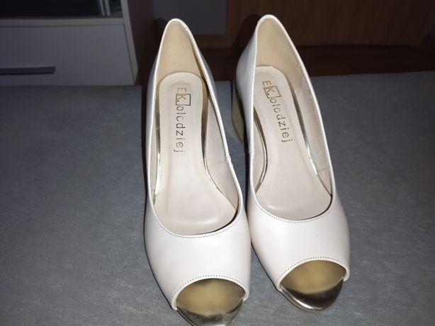 Buty na obcasie pudrowy róż rozmiar 38