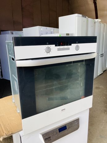 Духовой шкаф Electrolux VOSS духовка белая