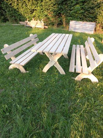 Meble ogrodowe drewniane stół i 2 ławki