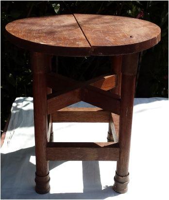 Mesa rústica de apoio ou de centro em madeira maciça