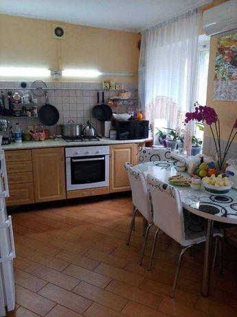 Продам 2-х комнатную квартиру на Сегедской/Армейская