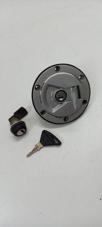 Aprilia Rs4 125 wlew paliwa, zamek siedzenia, kluczyk