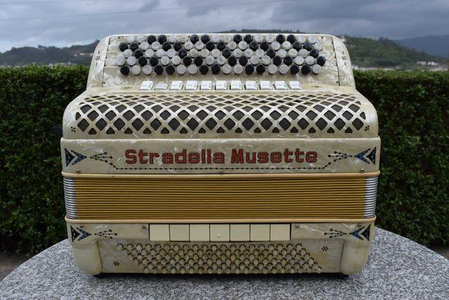 Acordeao Stradella Mussette 4 Voz, N, 61
