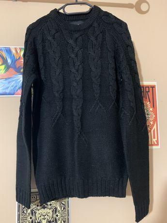 Czarny sweter Reserved S warkocze