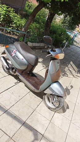 Продам скутер honda takt 51 в хорошем состоянии