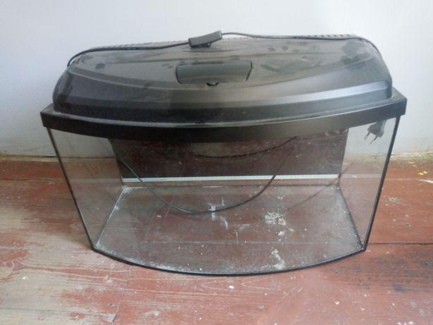 Akwarium 60 litrów z pokrywą i oświetleniem