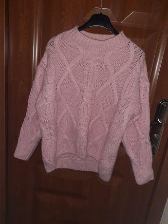 Oddam sweter jasno różowy