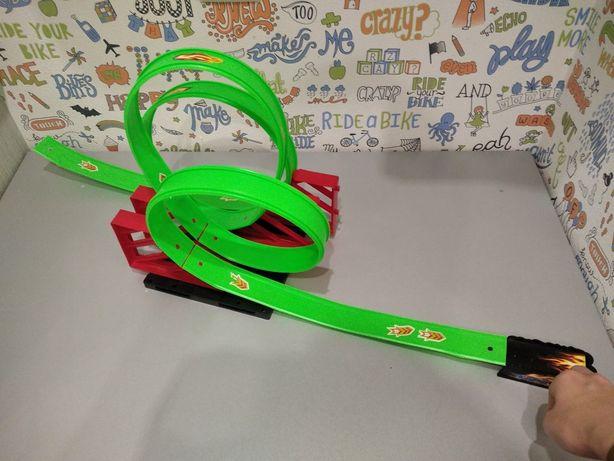Трек для машин для діточок