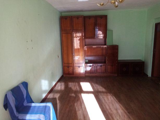 Оренда двокімнатна квартира пр. Червоної Калини ( Санта-Барбара)