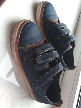 Продам мокасини кеди туфлі для хлопчика 28-29р
