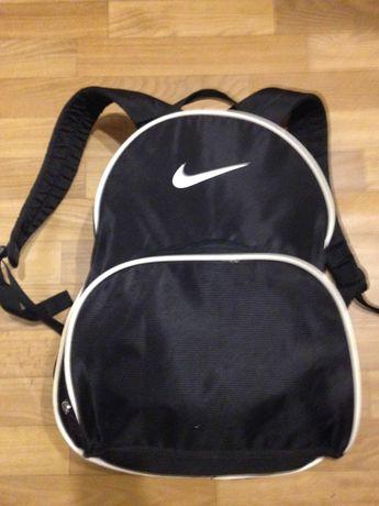 Спорт.рюкзак Nike 18л.сост.отл.оригинал