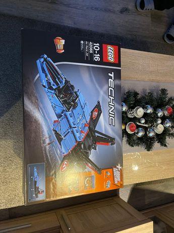 Lego technic odrzutowiec nowy