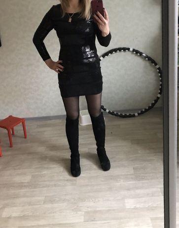 Платье вечернее в паетках