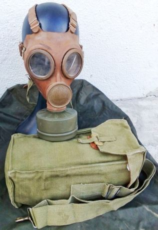 Máscara de Gás do Exército Belga com filtro e bolsa original