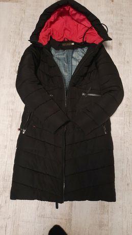 Куртка женская или подростку