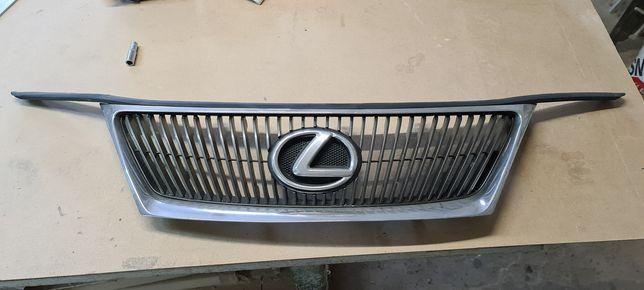 Grill Lexus IS220, IS250