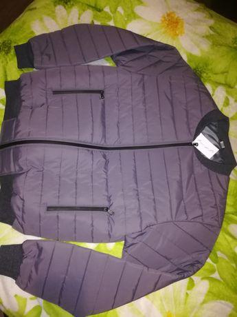 Продам куртка мужская хорошего качества.