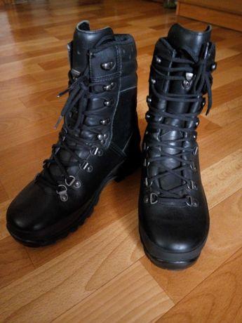 "Ботинки зимние ""Lowa Combat GTX"" Black"