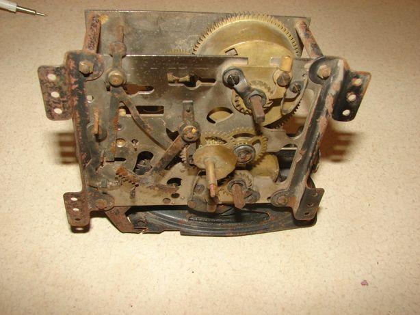Stary mechanizm werk zegara Metron M58 1988rok
