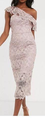 Chi Chi London Tall koronkowa sukienka ołówkowa wesele