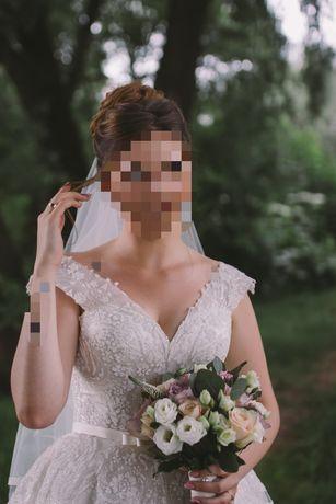 Весільна сукня, дуже гарна