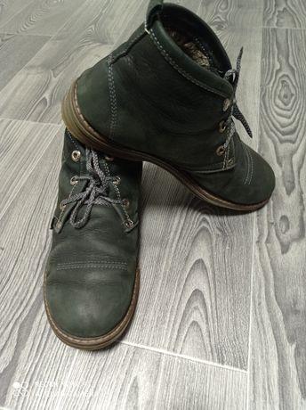 Зимние брендовые ботинки Clarks original внутри натуральный мех