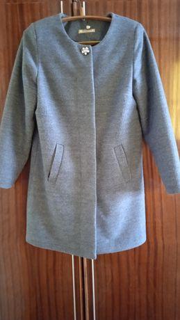 Продам пальто весна