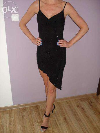 Mała czarna Sukienka na każdką okazję