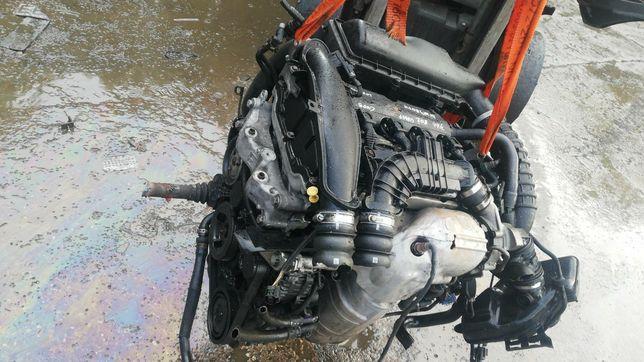 Двигатель 1.6 THP 10FJBU 5F02 Citroen Peugeot пежо ситроен