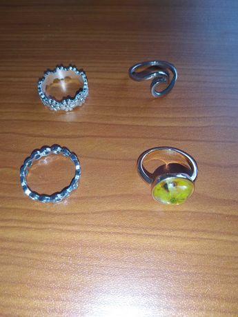 Anéis (prateados e dourados)