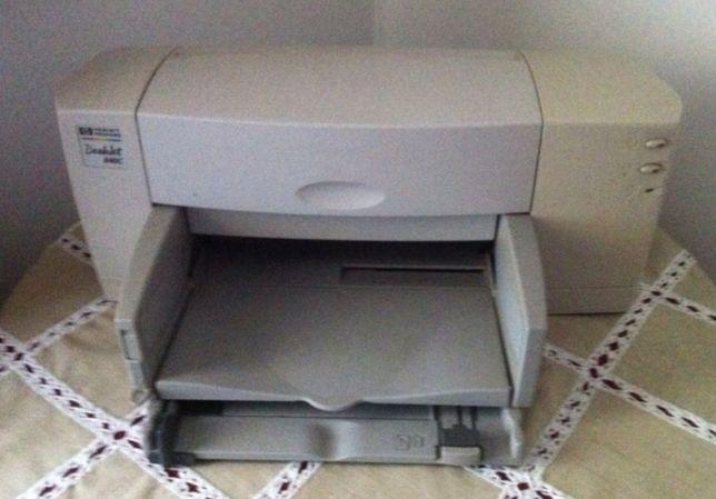 Impressora HP Deskjet 840C a funcionar
