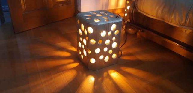 Lampa drewniana wykonana ręcznie