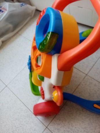 Andarilho de bebé usado bom estado