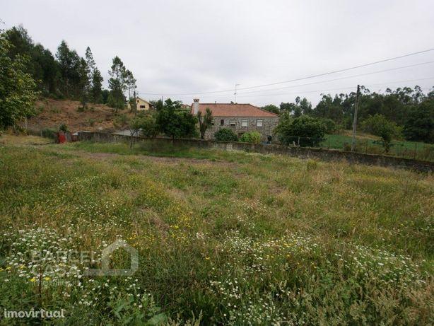 Terreno de construção em Cossourado - Barcelos