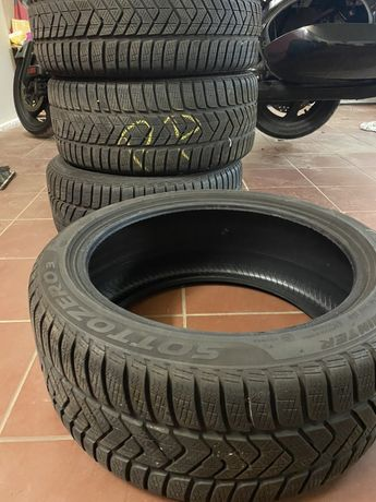 Pirelli Sottozero 3 245/40 R18 stan bdb