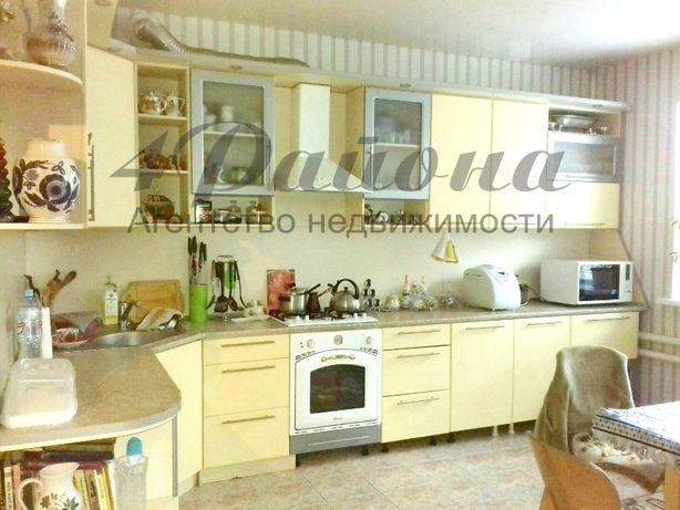 Продам 2-х этажный дом в районе кв. Щербакова.