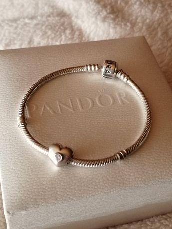 Pulseira Pandora em prata como nova