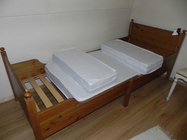 Łóżko dziecięce z regulacją długości ze stelażem i materacem