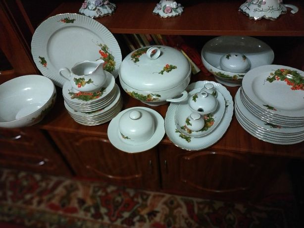 Продам набор посуды